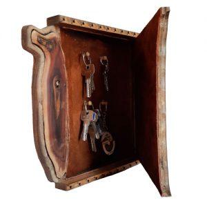 Buy wooden key holder at handicrafts365.com